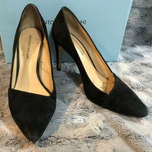 Antonio Melani Black Suede Pointed Toe Pump Size 9
